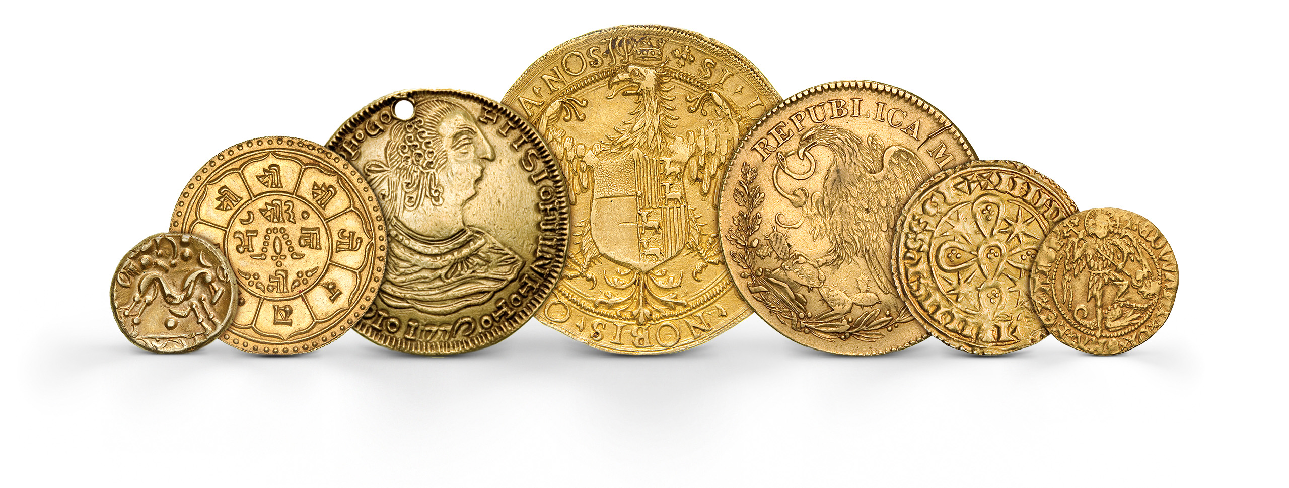 Photography of world modern Coins in gold from several periods, photographed for Morton and Eden in association with Sotheby's sold in auction in London Photography and retouch by Maria Queralt